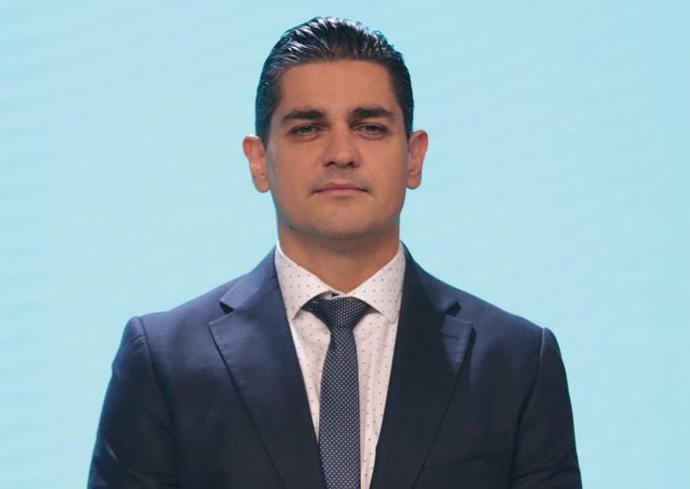 Новоизбраният председател на правната комисия: Завършил съм СУ с отличие