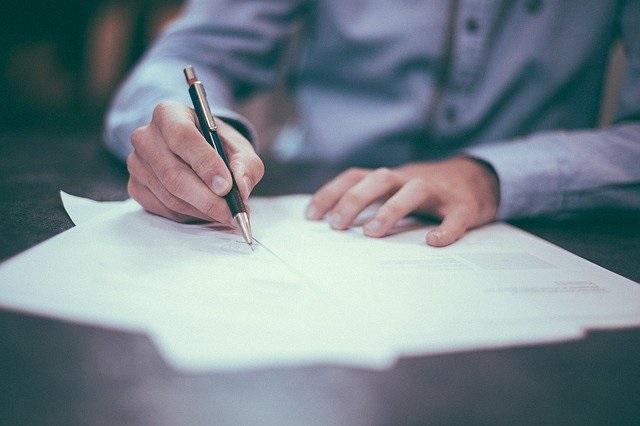 Съдът даде 3 месеца на ВАдС да уреди как всеки да види отговорите си на адвокатския изпит
