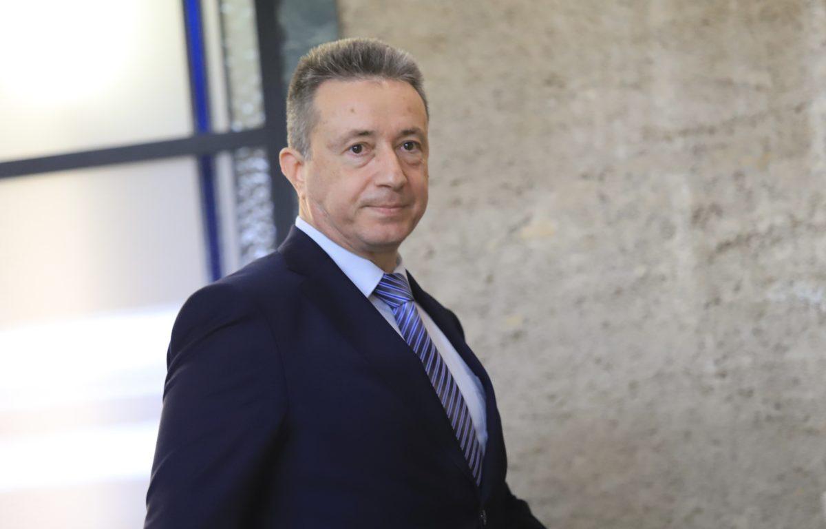 Казусът с освобождаването на Иван Гешев ще мине и през КС, и през ВАС