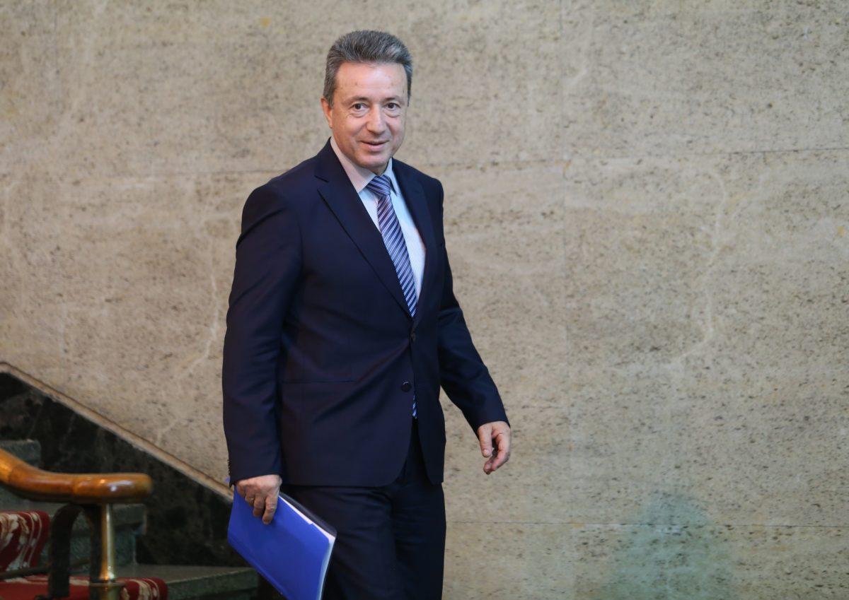 Министерският съвет поиска тълкуване от КС за освобождаването на главния прокурор